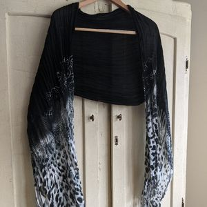 Lightweight shrug/scarf, black, gray and white